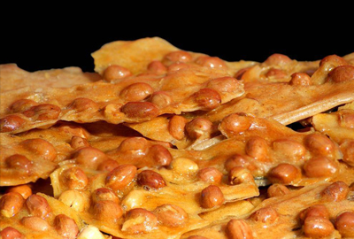 Pot Peanut Brittle